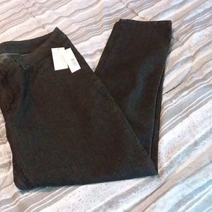 NWT! Light wash black jeans